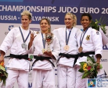 女子柔道:ギリシャのブクバラ、ロシアで銀メダル
