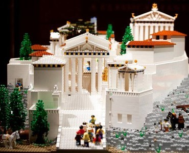 レゴのアクロポリス、シドニーからアテネのアクロポリス博物館へ