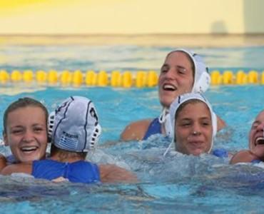 世界女子ユース水球選手権:ギリシャ、16-3で日本に圧勝