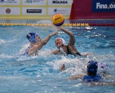 水球女子世界ジュニア:ギリシャ、日本に8-22で完勝