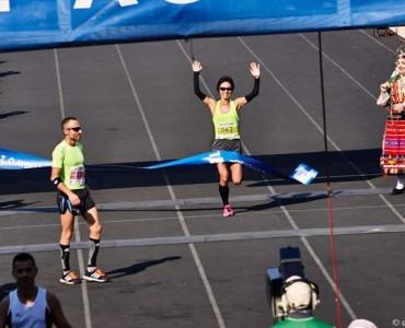 アテネマラソン2015:日本の早狩実紀、女子総合1位