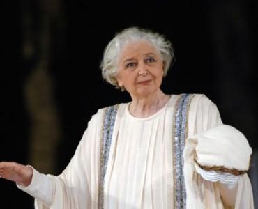 ギリシャを代表する古代劇の女優アナ・シノディヌー、88歳で亡くなる