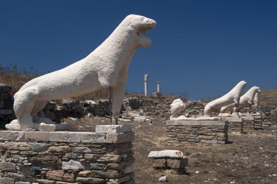 Lions_Delos_Cyclades_Greece.jpg