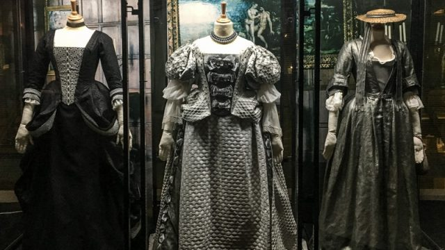 the-favorite-dress-tokyo-1.jpg