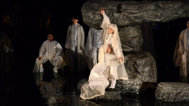 H «Αντιγόνη» του Σοφοκλή στο Φεστιβάλ Θεάτρου στη σκιά του όρους Φούτζι (φωτογραφίες)