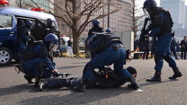 anti-terrorism-tokyo-marathon14.jpg