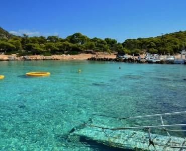 ギリシャ・アンギストリ島-アテネから2時間の楽園(Photos)