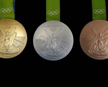 リオ五輪:メダルに輝くギリシャ神話の勝利の女神・ニケ