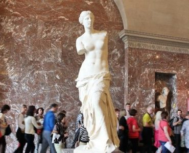 ギリシャ、ミロのヴィーナスの返還に向け活動開始