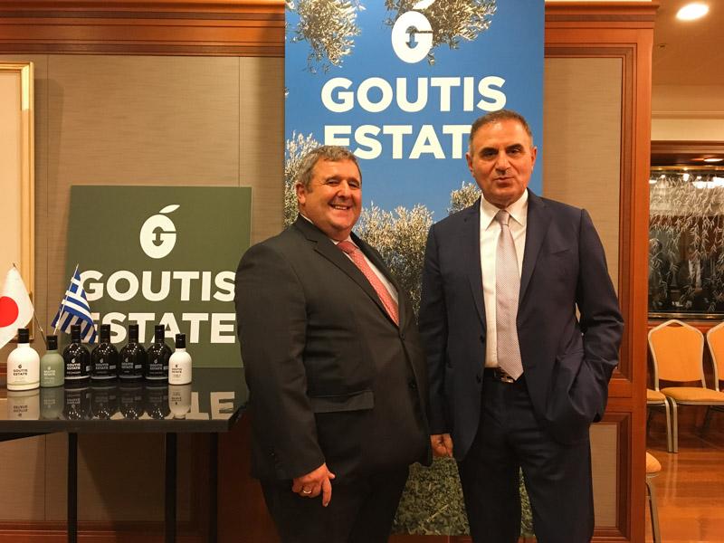 コンスタンティノス・カキュシス駐日ギリシャ大使とグーティス氏
