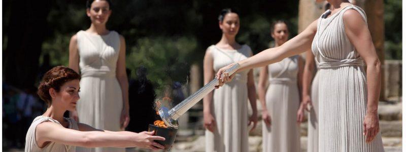 misato-olympic-torches2.jpg