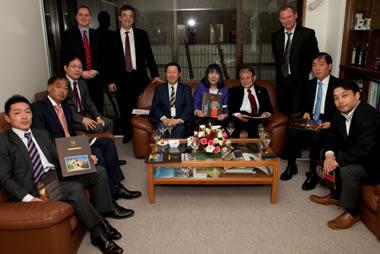 Στιγμιότυπο από την εκδήλωση που οργάνωσε το Γραφείο O.E.Y. Τόκιο