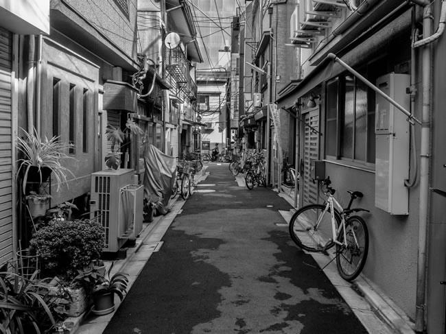 Greecejapan_Shitamachi_alleys