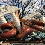 Ο Παρθενώνας και το γιγάντιο χταπόδι στο Πάρκο του Ουένο στο Τόκιο…