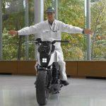 Honda Riding Assist για αυτοϊσορροπούμενες μοτοσυκλέτες (video)