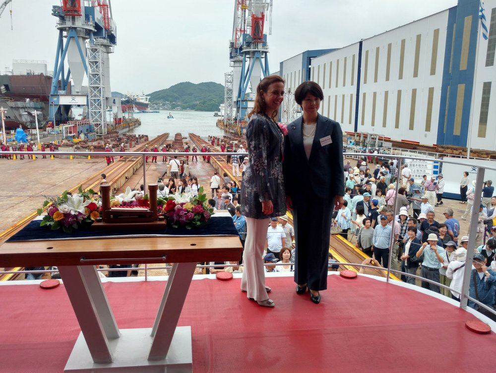 Η κα Τατιάνα Πεταλά με την κα Minako Kambara Suematsu, Γενική Διευθύντρια της Tsuneishi Holdings Corp.
