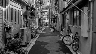 Greecejapan_Shitamachi_alleys.jpg