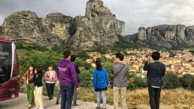 meteora_throns_tour_operator_1.jpg