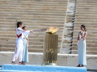 Τόκιο 2020: Πραγματοποιήθηκε η Τελετή Παράδοσης της Ολυμπιακής Φλόγας